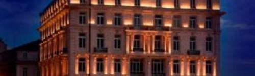 Pera Palas oteli yonlendirmeleri yenilendi