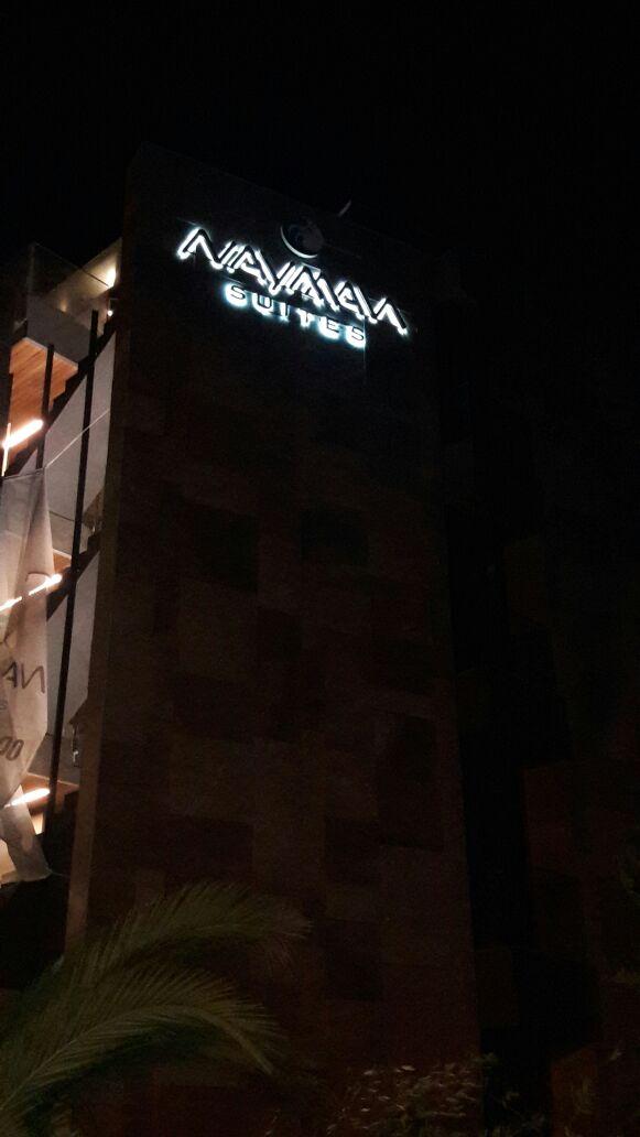 Cephe Kimlik Logosu Gece Görünüşü