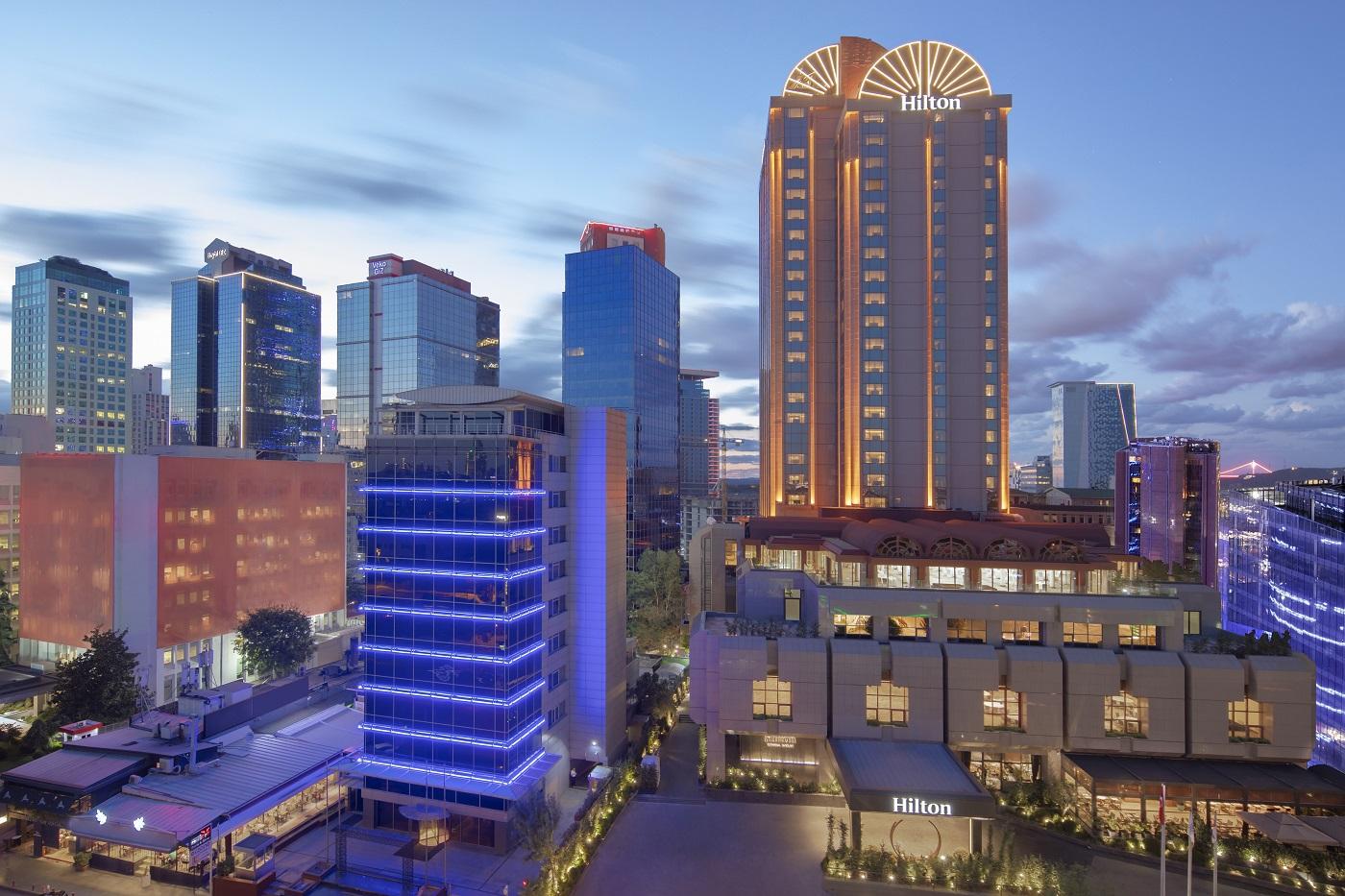 Hilton Istanbul Maslak - Exterior