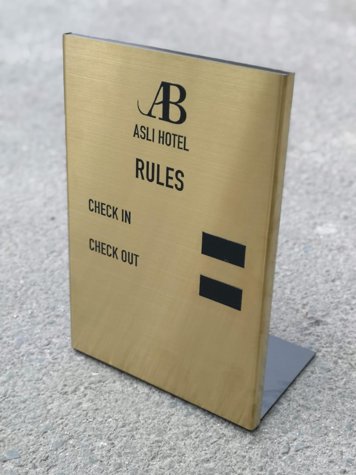 otel kuralları panosu