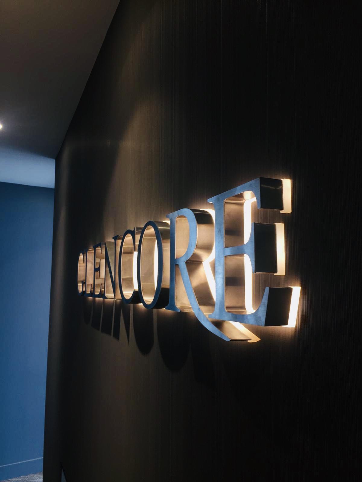 Glencore giriş tabelası