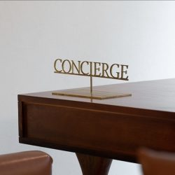 Masa isimlik concierge
