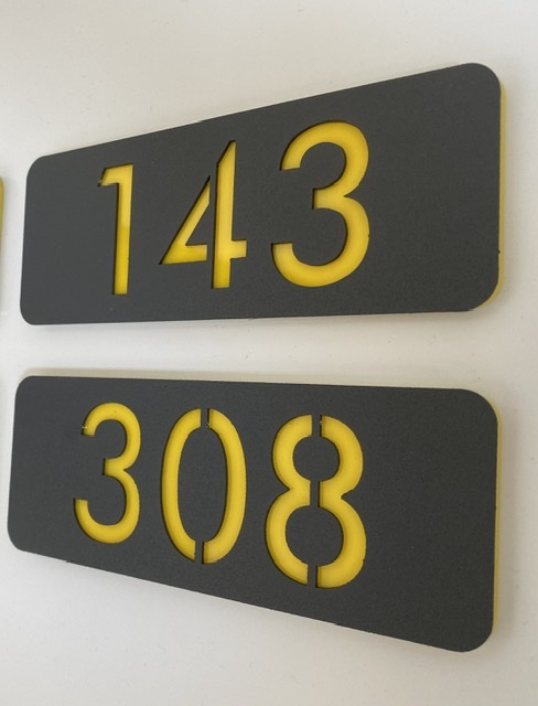 Metal kapı numarası